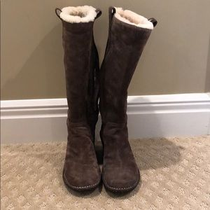 Ugg suede boots